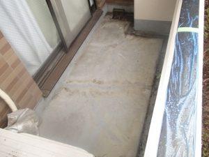 ベランダ床の施工前