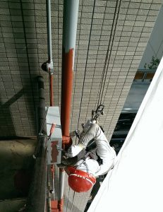 連結送水管の塗装